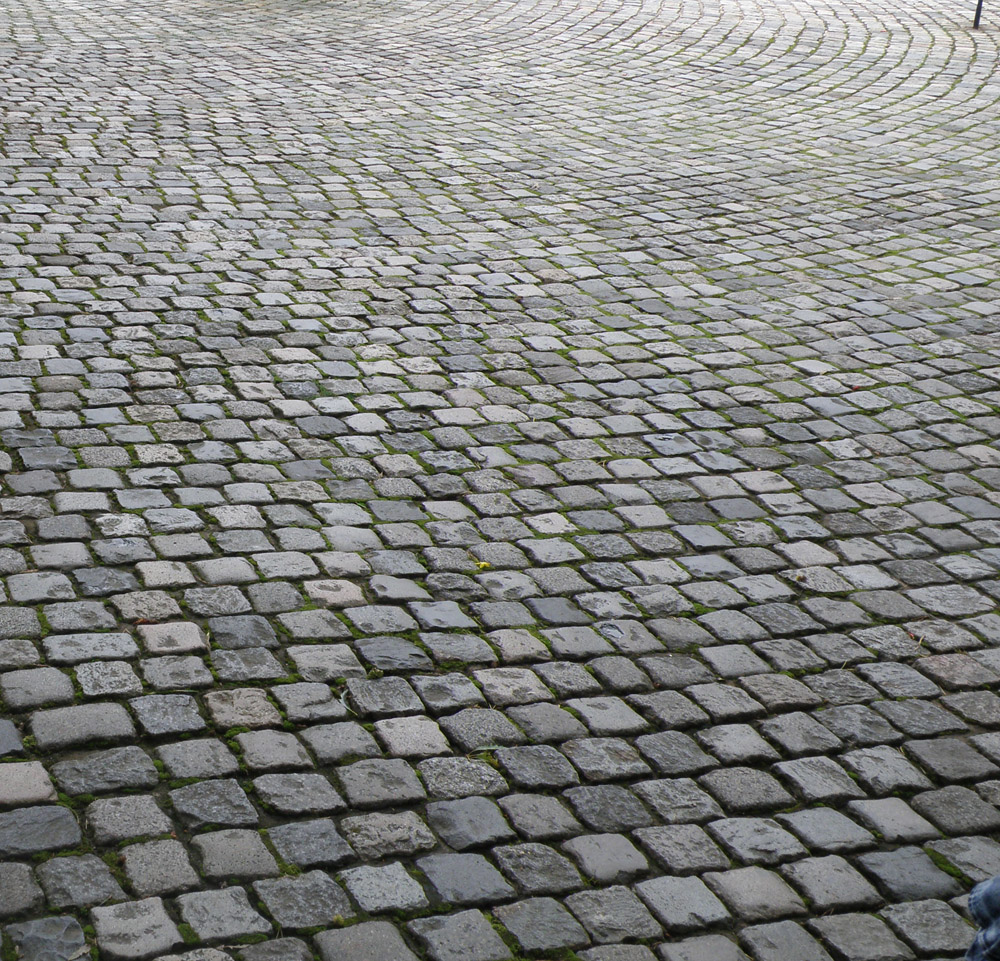 Cobble-paving.jpg